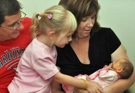 Allison Marie Amelia meeting family